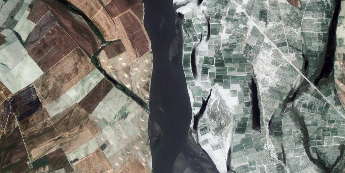 "Coloring Ganga(29°17'40.38"" N 78°05'38.81"" E)"